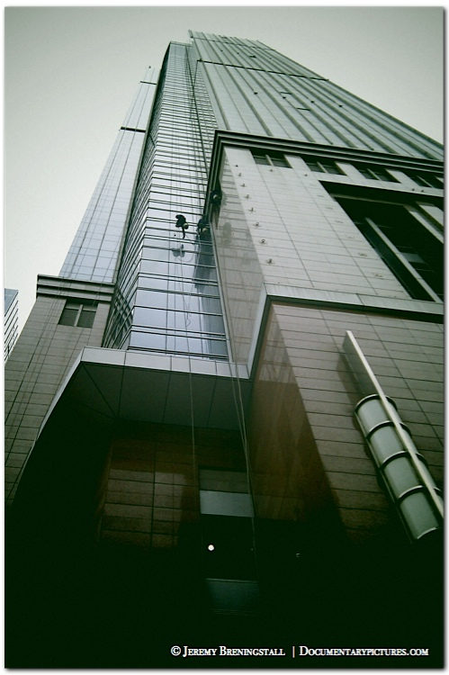 Shanghaiskyscraperwindowwasher01