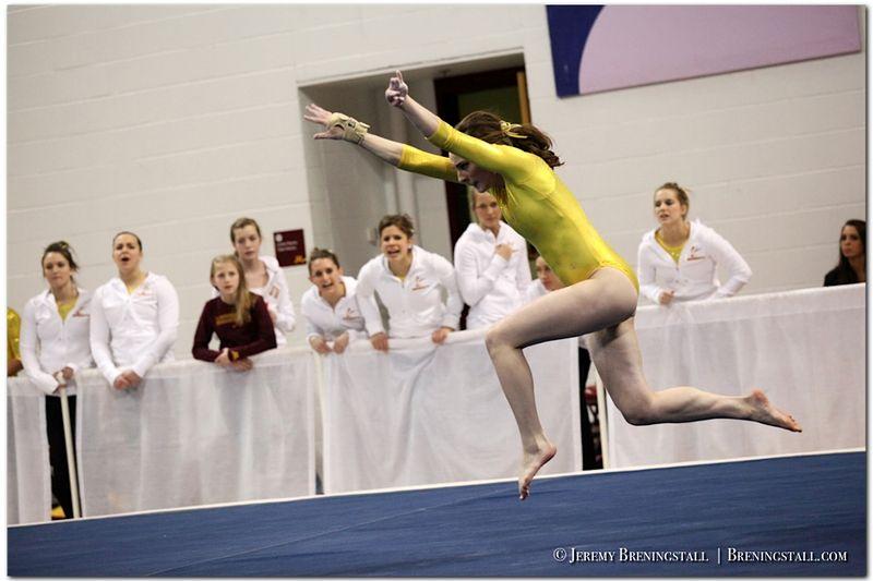 University-of-Minnesota-womens-gymnastics_004