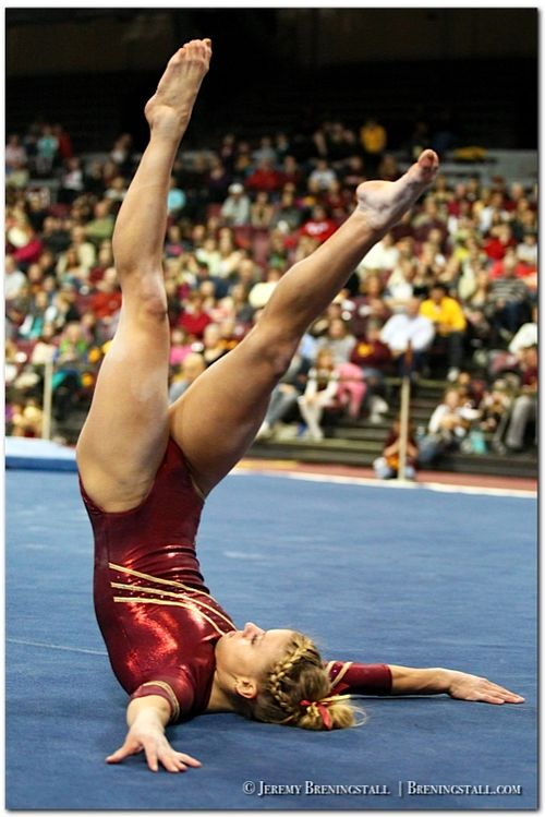 University-of-Minnesota-womens-gymnastics-Dusti-Russell-01