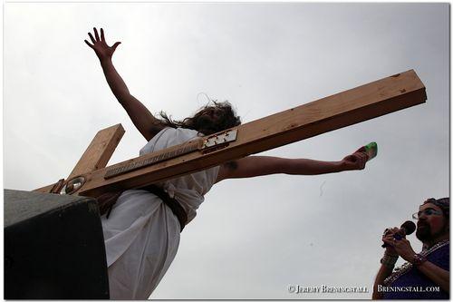 Hunky-jesus-contest-dolores-park-27