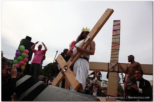 Funky-jesus-hunky-jesus-contest-photos-2