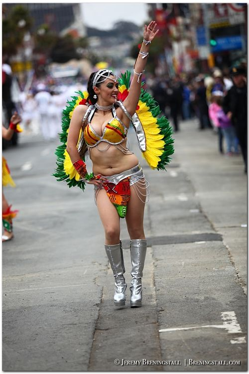 San-Francisco-Carnaval-Parade-Mission_066