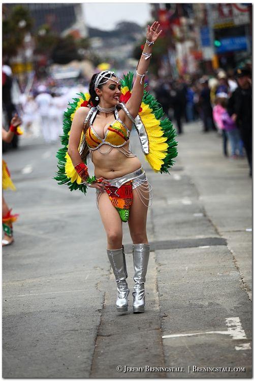 San-Francisco-Carnaval-Parade-Mission_066