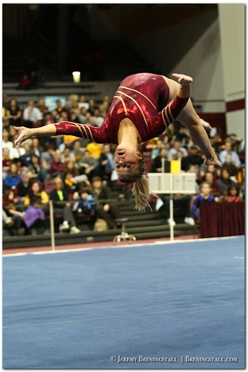 University-of-Minnesota-womens-gymnastics-Kylie-Schermann-01