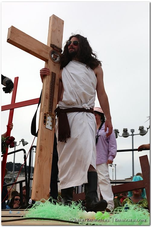 Funky-jesus-hunky-jesus-contest-photos-2